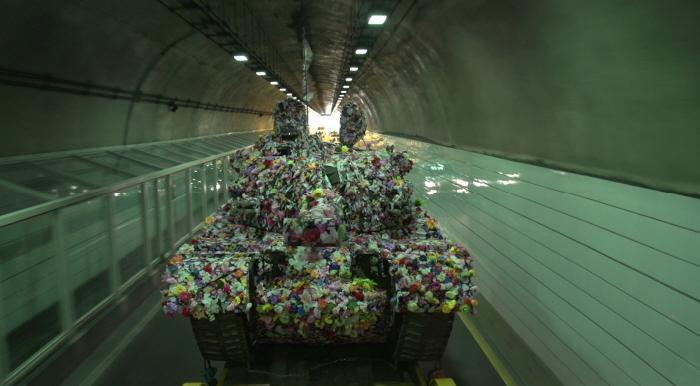 자유로로 향하는 탱크